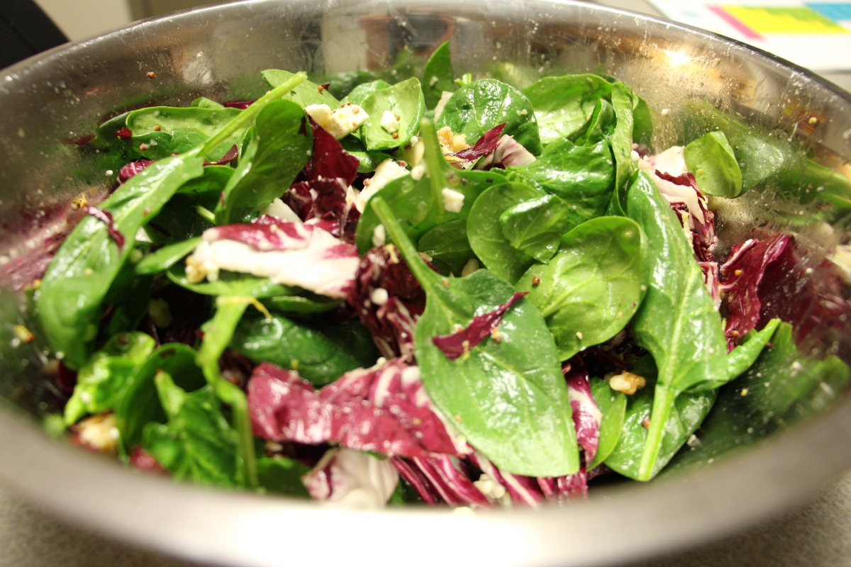 Spinach and Radicchio Salad